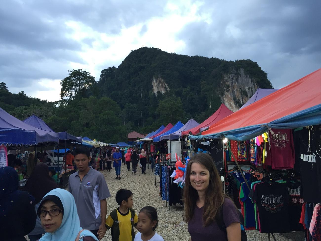Le marché de nuit de Gua Musang en Malaisie