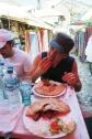 Dégustation de cevapcici à Mostar en Bosnie-Herzégovine